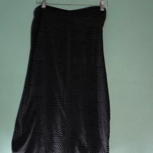 Sleeveless dress.